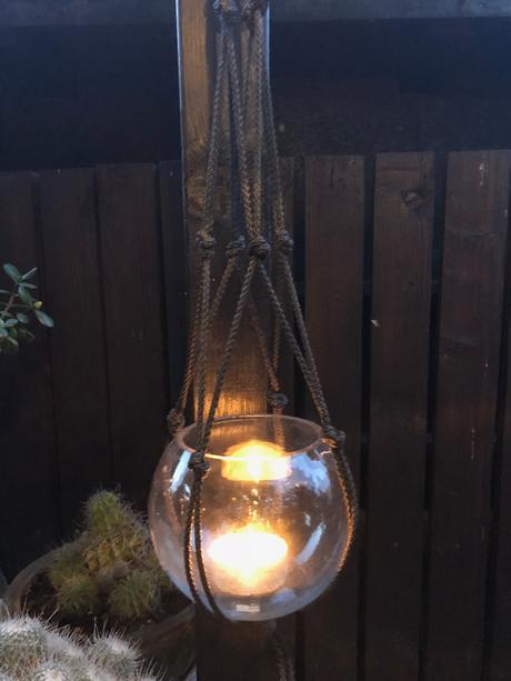 Závěsné svícny / vázy,