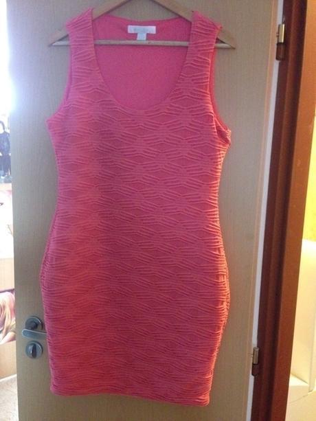 růžové šaty,zn. Amisu, 42