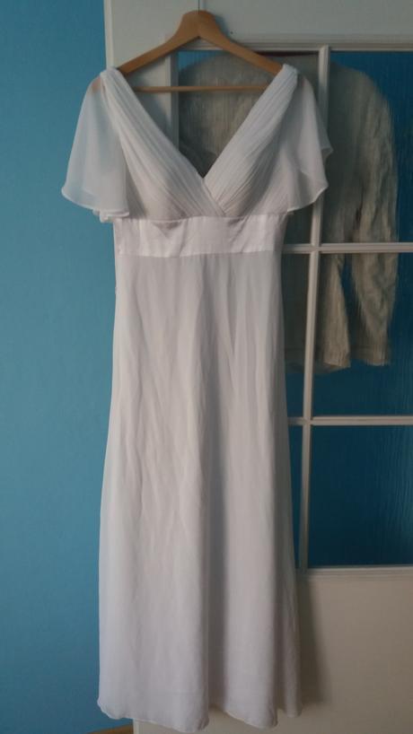 Šifonové šaty s rukávky, 36