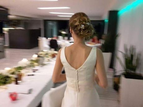 Jednoduché svadobné šaty - spoločenské šaty, 38