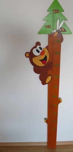 Dětský dřevěný metr do 150 cm,