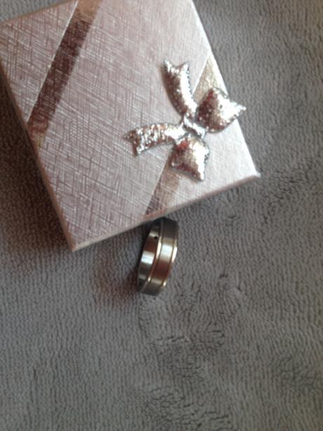 Nenošený prsten chirurgická ocel, krabička zdarma,