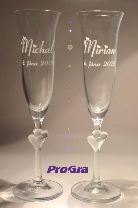 Abigail - svadobné poháre s bielymi srdiečkami 2ks,