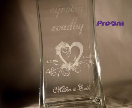 Leila - gravírovaná váza, k výročiu svadby,