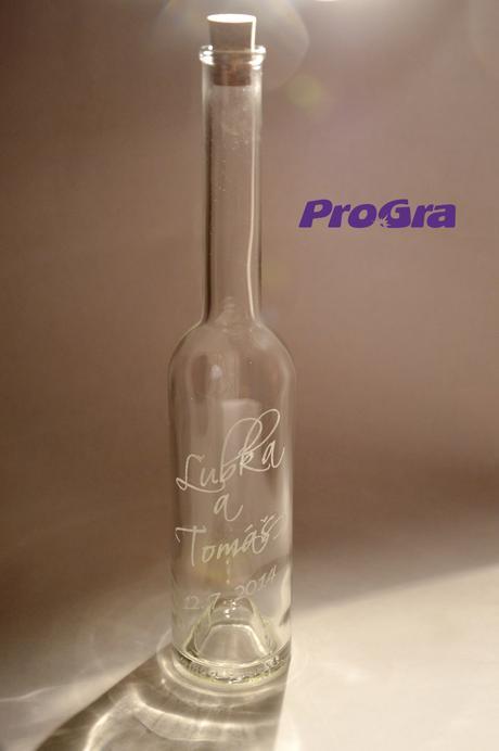 Svadobná pálenka - fľaša s gravírovaním,
