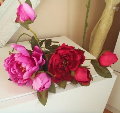 2 kytice ako živé nepoužité,