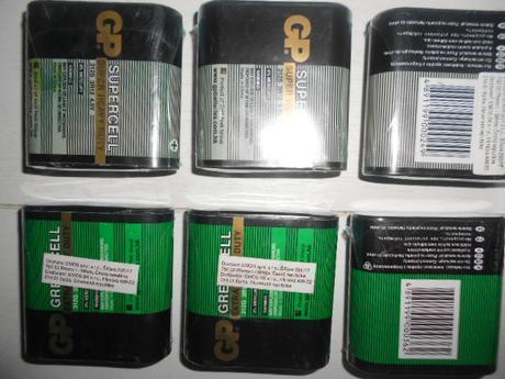 7 ks Nepoužité originál zabalené vo folii baterie,