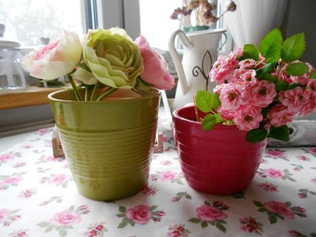 Keramický ružový kvetináč ,