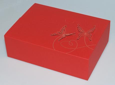 krabička na cukroví, červená,