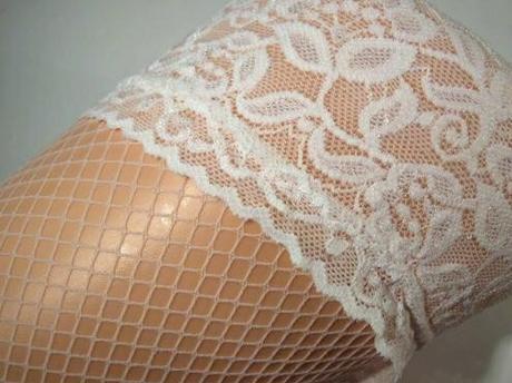 punčochy svatební, bílé, síťované, 38