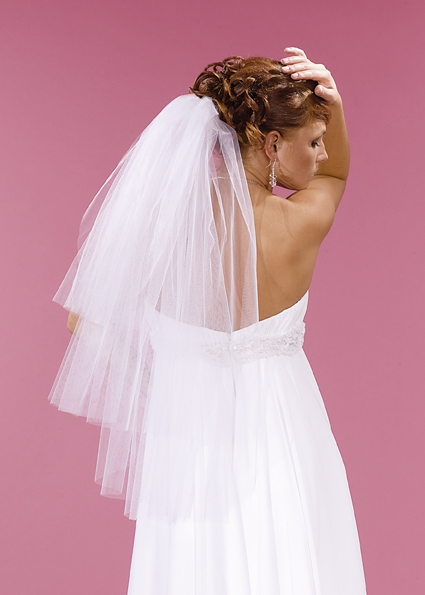 závoj svatební, délka 80 cm, třívrstvý,