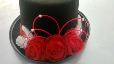 Cylindr - červené růže,