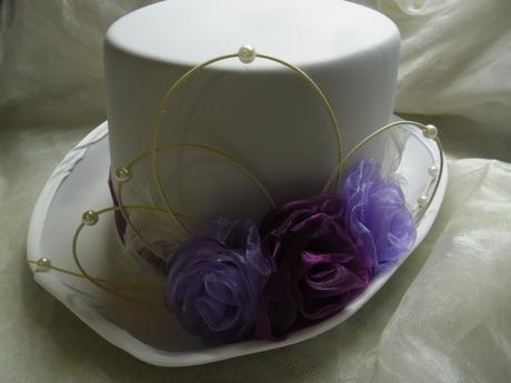 Cylindr - světle a tmavě fialkové růže,
