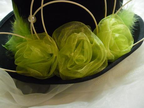 Cylindr - zelené růže,