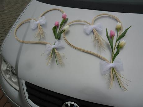 Dvě srdíčka s tulipány,
