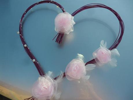 Svatební dekorace fialková s růžovou,