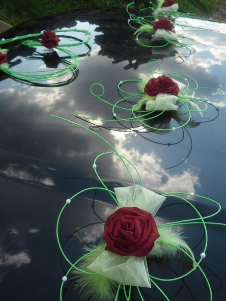 Svatební dekorace - zelená s bordo,