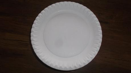 jednorázové nádobí,
