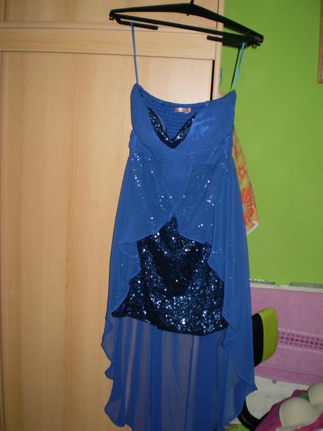 Spoločenské šaty, L