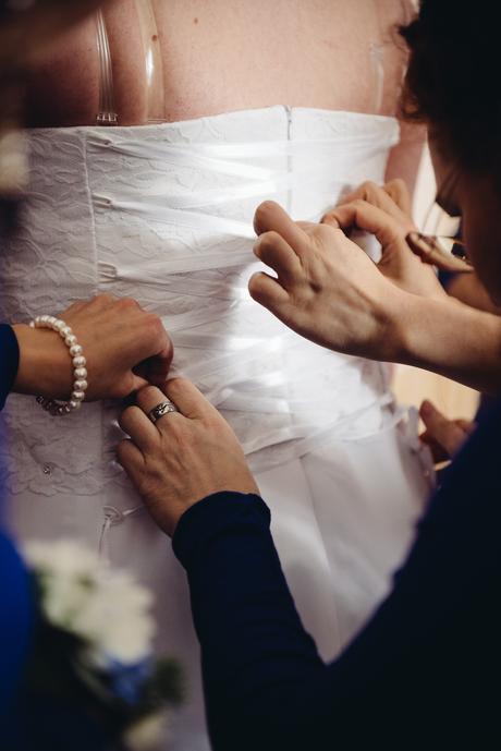Svatební šaty k prodeji, 48
