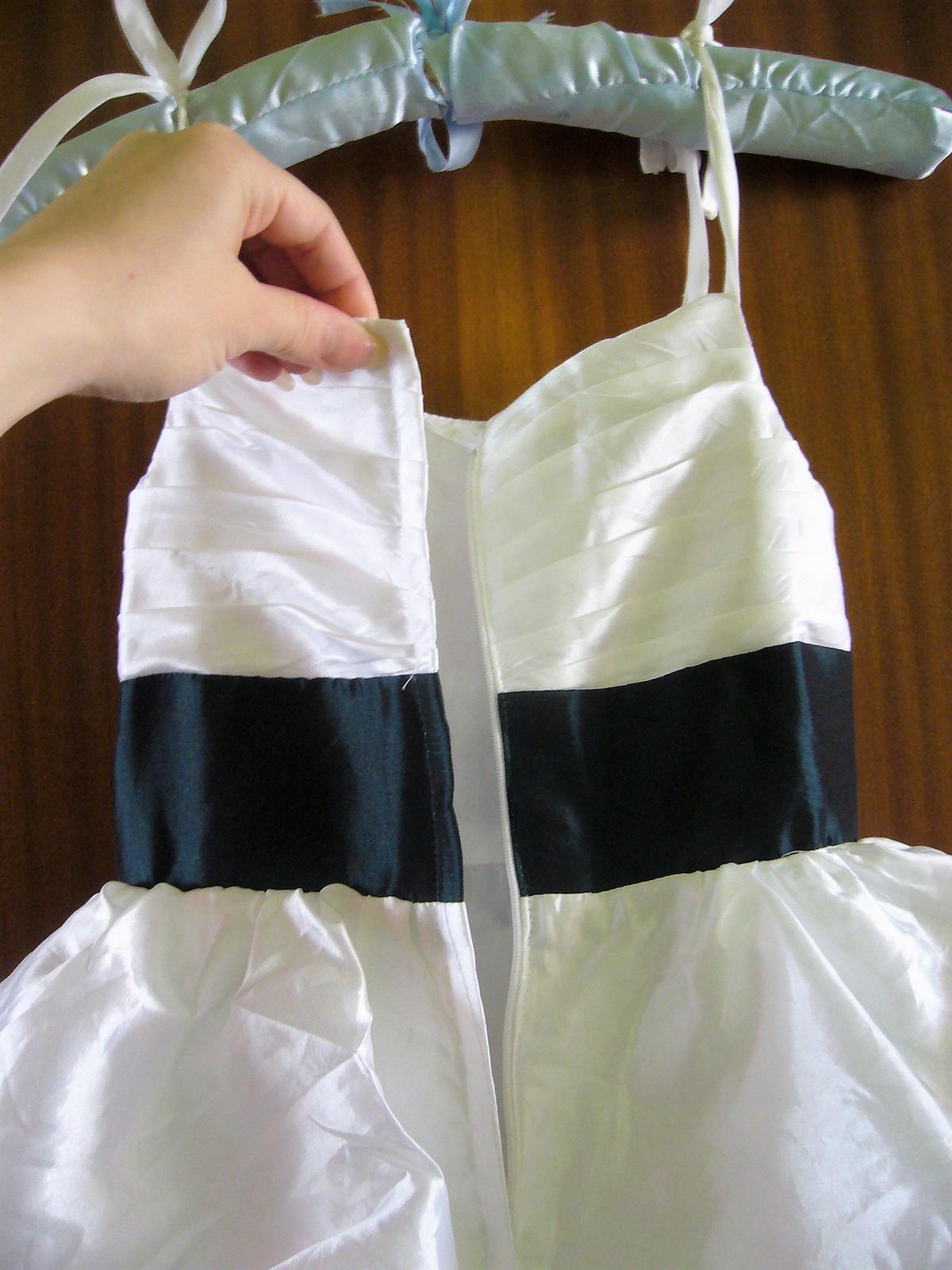 72aee9599f46 Luxusné princess šaty