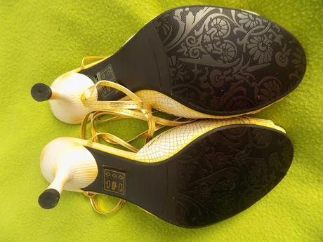 Zlaté new sandálky, 38