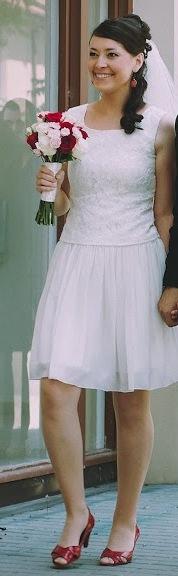 Jednoduche kratke svadobne saty , 38