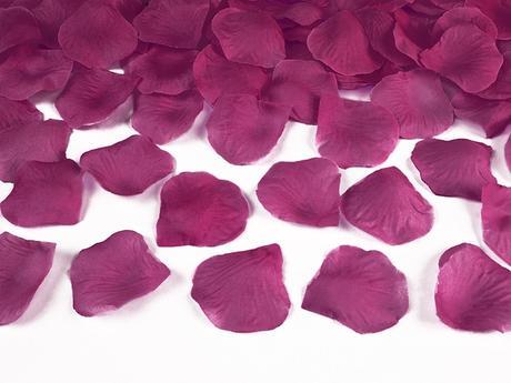 plátky květů,