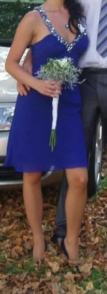 Dámské šaty, 34