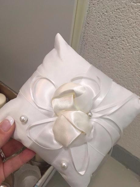 Kompletni svatebni dekorace pudrova + ivory,