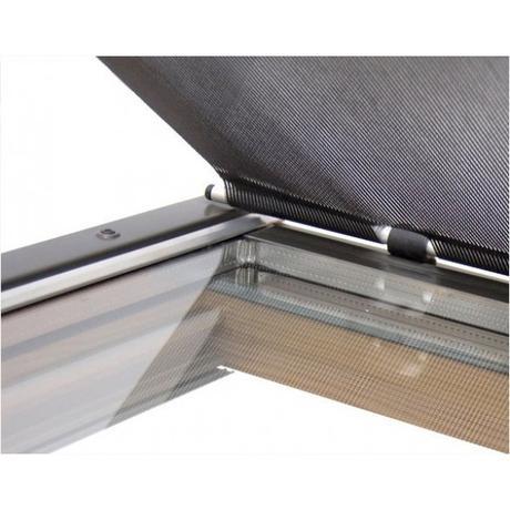 Markýza pro střešní okno VELUX šířky 78cm,