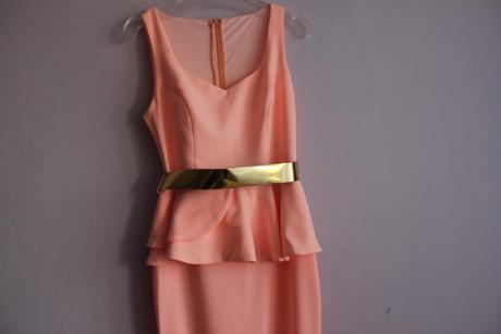 Peplum šaty, M