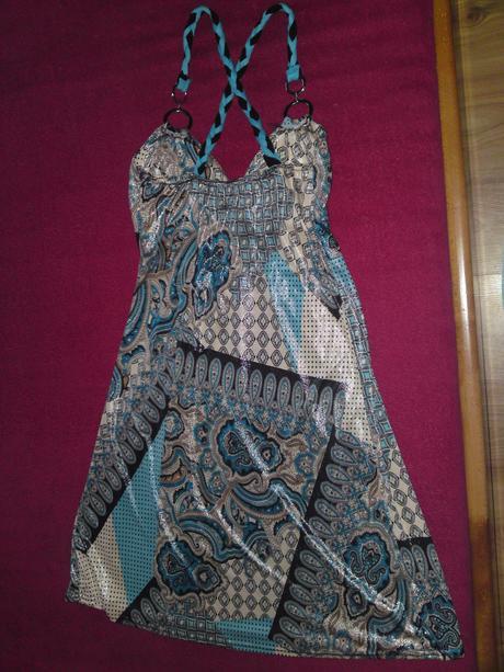 Dámske letné šaty vo veľmi dobrom stave - S , S