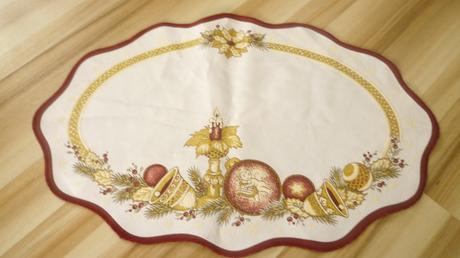 vianočné prestieranie cena s poštovným nepoužívané,