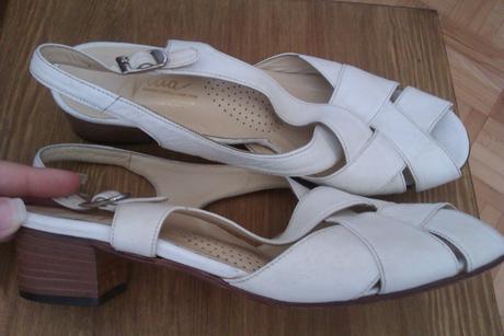 Celokožené orto sandálky na nízkom podpätku, 37