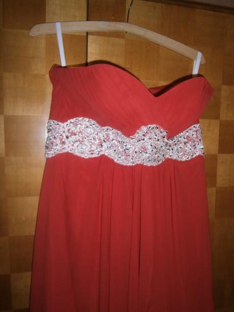 Spločenské šaty dlhé, 38
