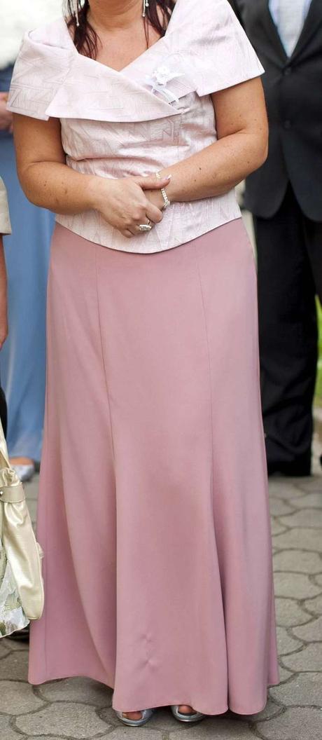 Dvojdielne dlhé šaty, 42