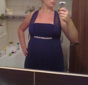 Ľahké spoločenské šaty s poštovným, 42