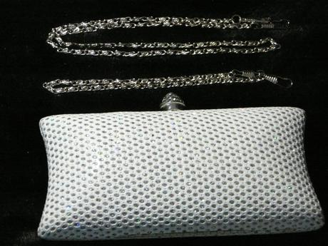 Strieborno-biela kabelka,