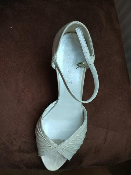 Kožené sandálky, 38