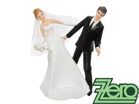"""AKCE Figurka na stůl novomanželé """"stojan na láhev"""","""