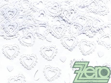 Konfety kovové - bílá krajková srdíčka,