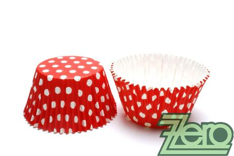 """Košíčky na muffiny """"PUNTÍK"""" 51x38mm (30ks)-červená,"""