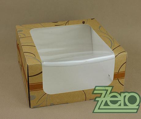 Krabička papírová s okýnkem a tiskem 22x22x11 cm,