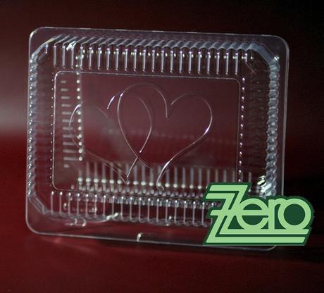 Krabička plastová se svatebním motivem,