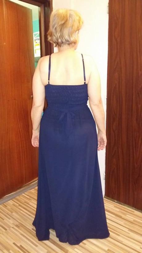 Modre šaty, M