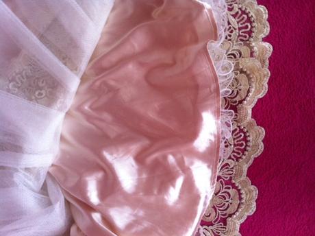 Krajkové šaty CHI CHI už s poštovným, M