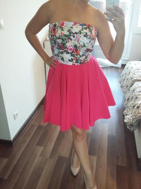 Šaty s A-čkovou suknou, 36