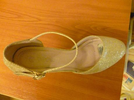 Zlaté topánky, 40