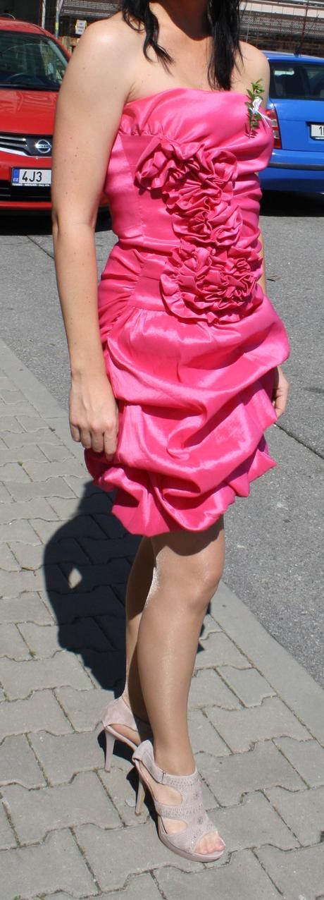 Šaty sytě růžové, M